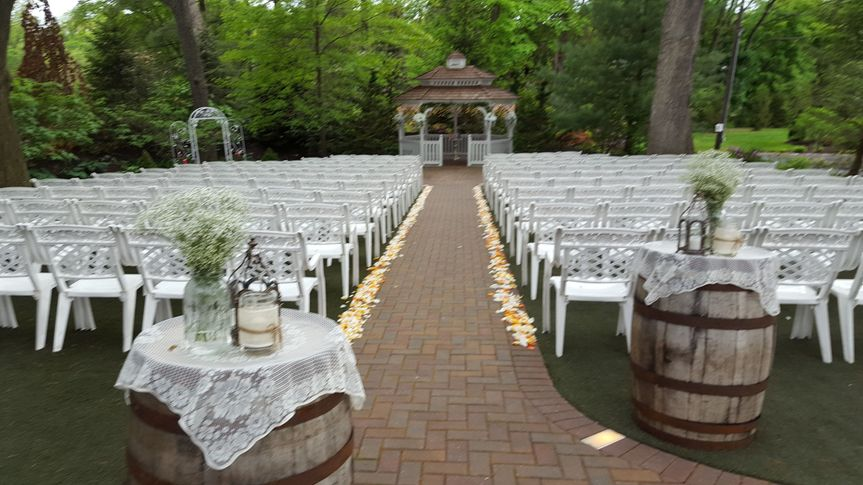 Ceremony with Barrel Decor