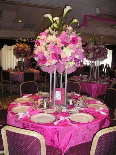 pinkweddingcenterpiece
