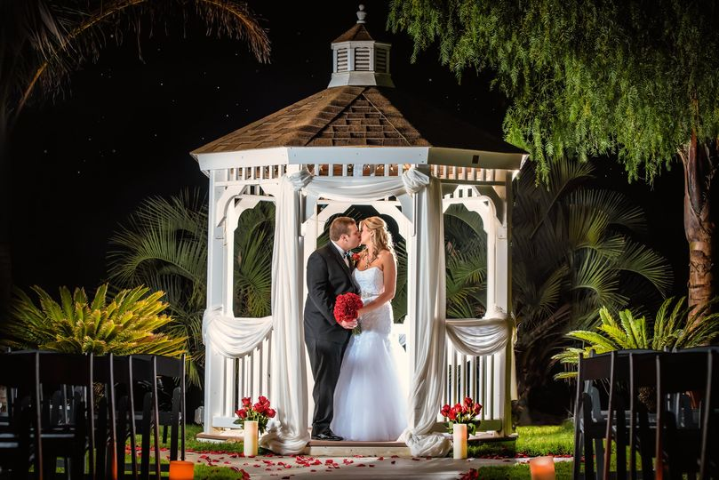 calicreative wedding photos edits web size 7 51 740811 v2