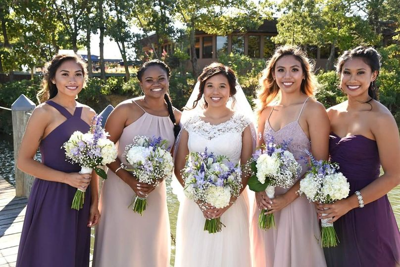 Group photo with the bridesmaids