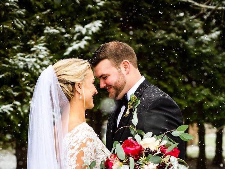 Tmx 1534914788 Ae8ee0577ccbc7ec 1534914787 5eae866907111625 1534914784985 1 Jami   Travis Frie Carlisle wedding florist