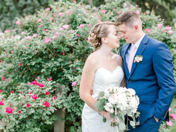 Tmx 1535080278 F9a5a981fd0e89bc 1535080277 87f7c24853ee92be 1535080273853 1 Caroline And Brady Carlisle wedding florist