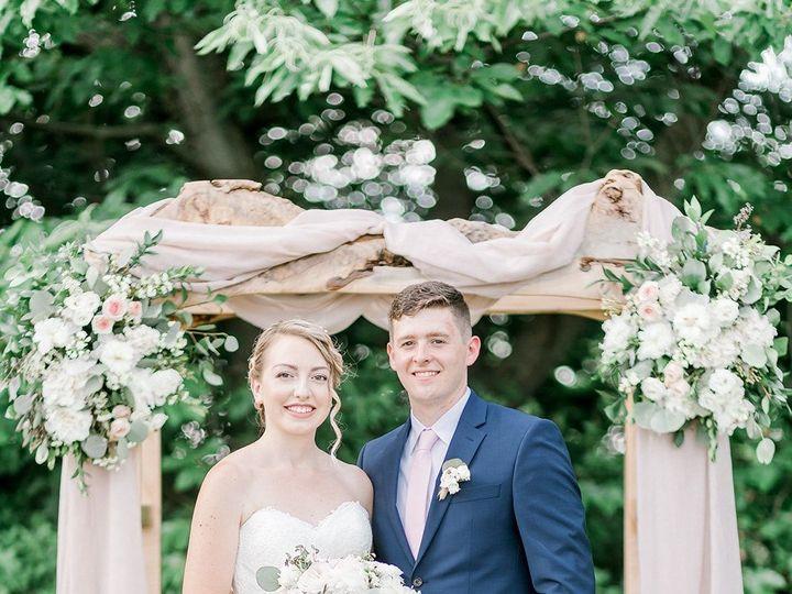 Tmx 1535080411 D665ef25224d4f43 1535080410 Df0d10e218689d39 1535080406885 7 Caroline And Brady Carlisle wedding florist