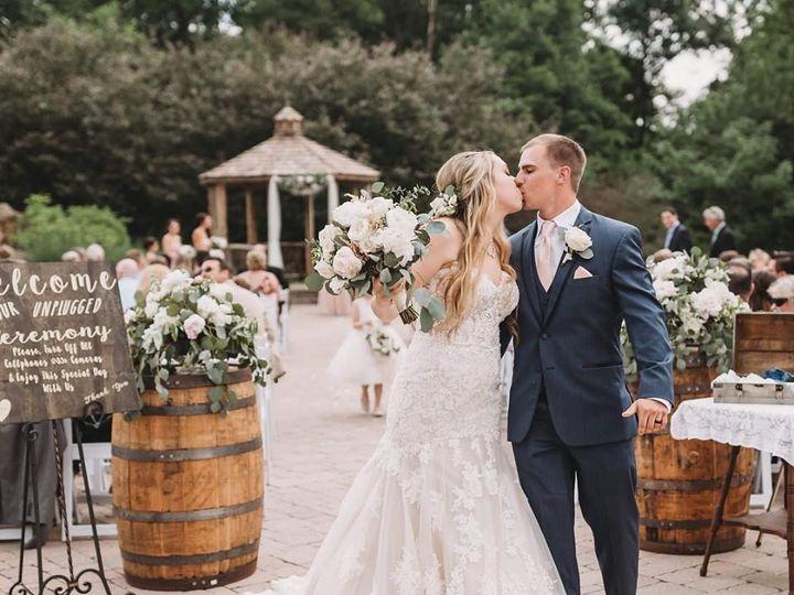 Tmx 1535080727 Adc825cb01fad215 1535080726 Aa1e798619e7120d 1535080722940 1 Olivia And Austin  Carlisle wedding florist