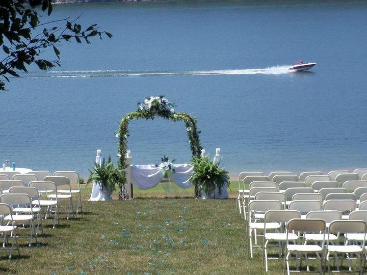 1f8184c2da08f5ec Wedding Hillside