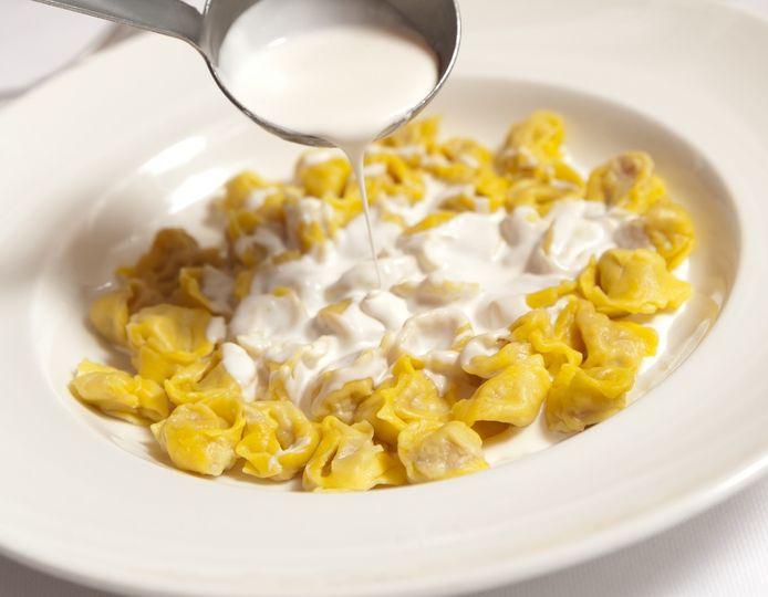 Tortellini parmigiano cream