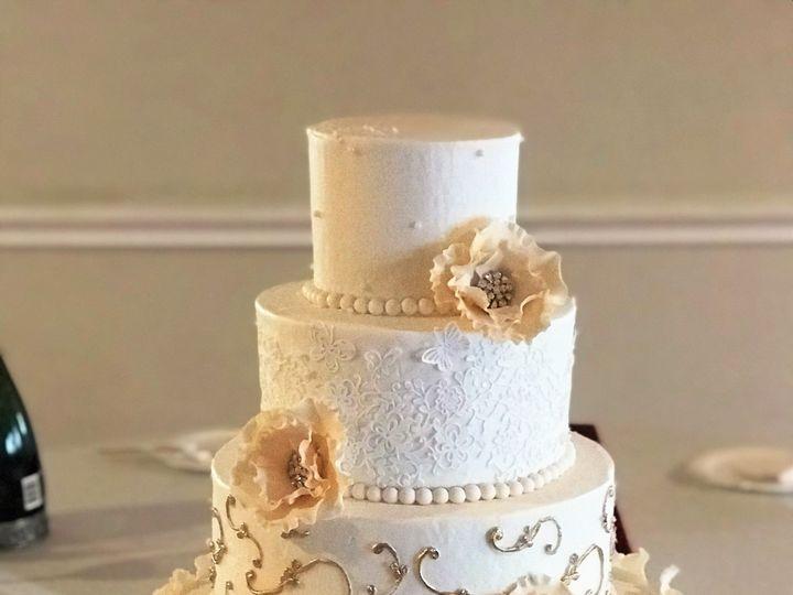 Tmx Img 0516 51 544811 159103848963526 Conroe, Texas wedding cake
