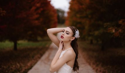 Megan Holstine Makeup Artist