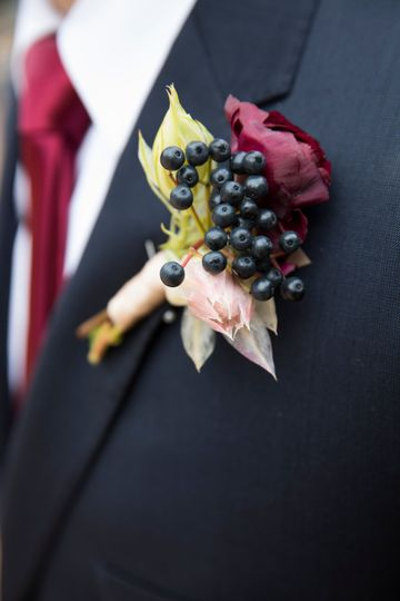 Boutonniere with privet berry