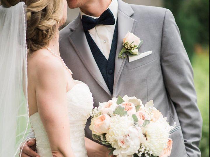 Tmx 2 51 1038811 1560874985 Bloomfield, NJ wedding florist