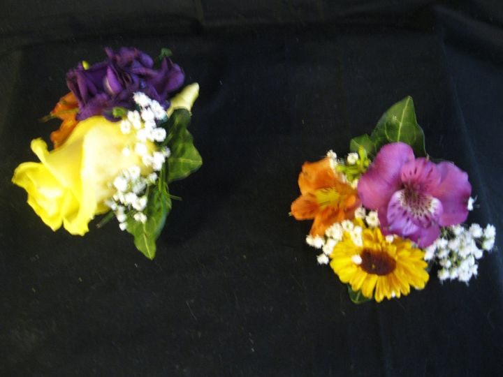 Country Florist & Gifts Inc. 019