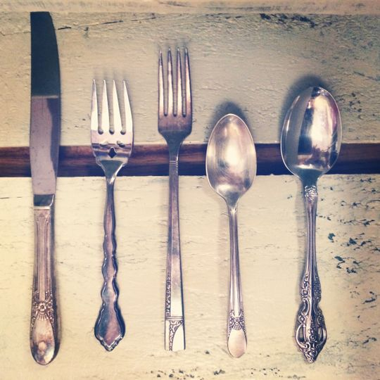 We offer a variety of service ware, table settings and table top items.