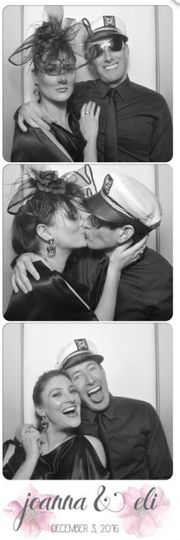 Couple's 3-photo film strip