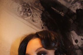 Lissa R. Makeup