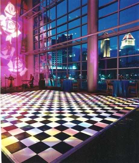 pbs club lounge dancing 010