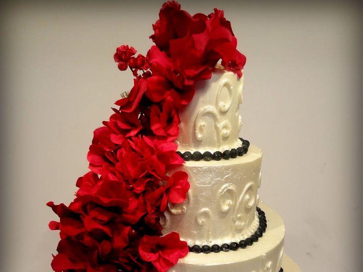 Tmx 1527194175 35a7b51df679d19e 1527194171 82d60631f0b74ec9 1527194166103 9 DSC02925 Elkins Park, PA wedding cake
