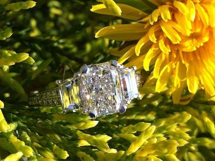 Tmx 1414133622118 F28f1eeaffaa5539691f6e64b3bf720c Clive wedding jewelry