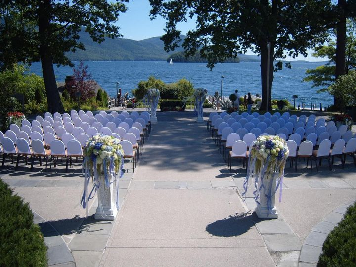 The sagamore venue bolton landing ny weddingwire for Best wedding venues in new york state
