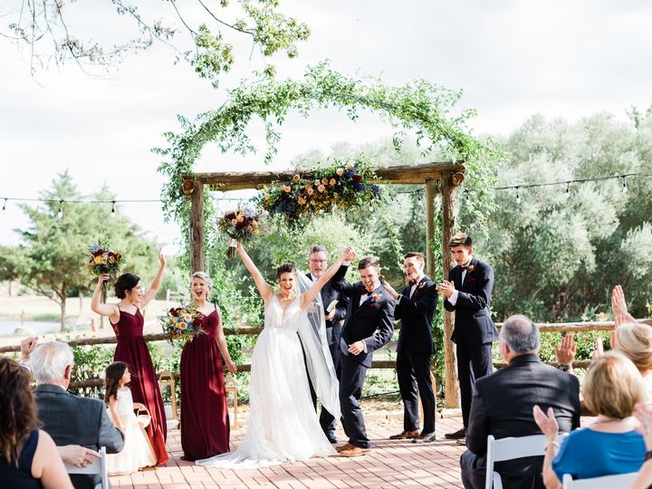 Tmx Las Brisas Styled Shoot 274 51 197911 1570385093 Fayetteville, TX wedding venue