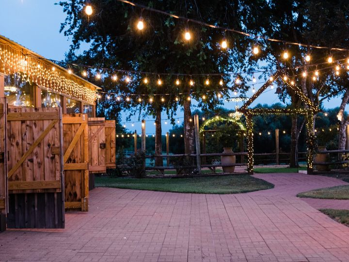 Tmx Las Brisas Styled Shoot 382 51 197911 1570384513 Fayetteville, TX wedding venue