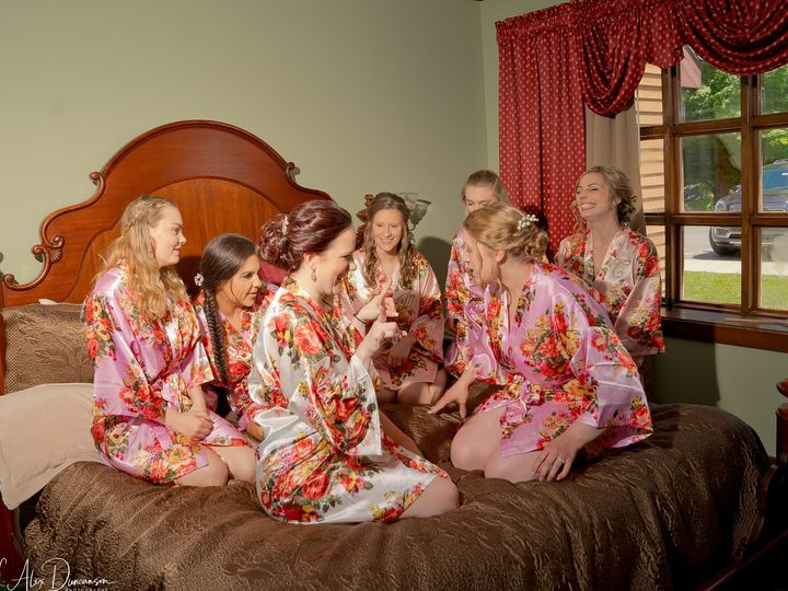 Tmx Kaitlyn Bridesmaids Getting Readyjpg 51 1058911 1568997663 Scarsdale, NY wedding photography