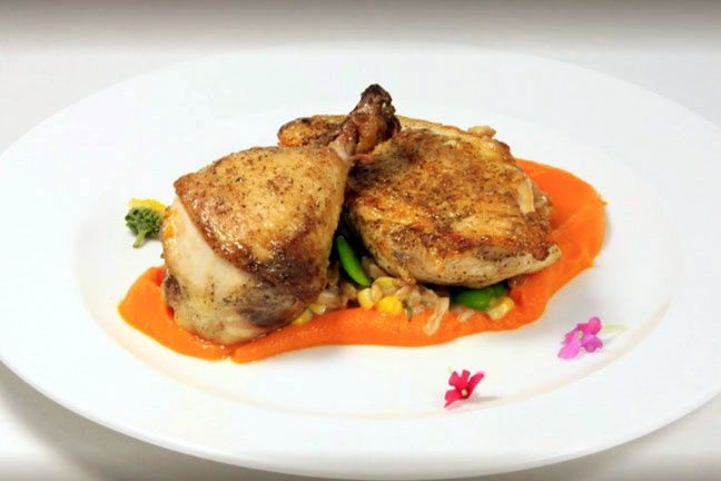 Poulet rouge with carrot purée