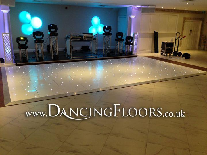 0da143d1c11f9c7b 1 Dancing Floors