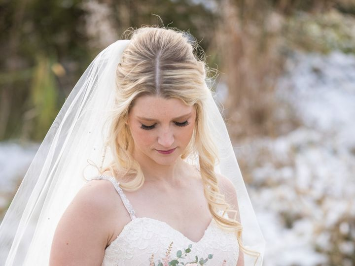 Tmx Amanda Eddie Wed 192 1 51 770021 158342904676631 Dubuque, IA wedding florist