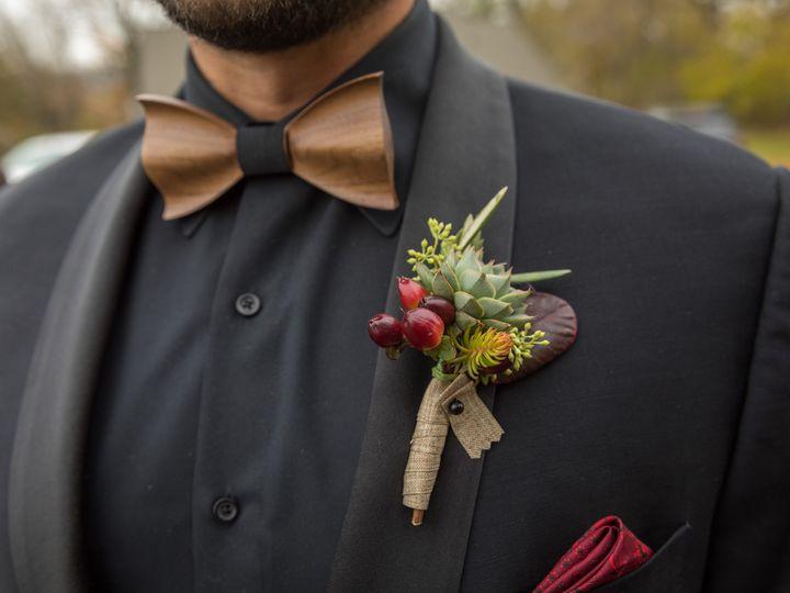 Tmx Carissa Todd Wed 321 1 51 770021 158342877056870 Dubuque, IA wedding florist