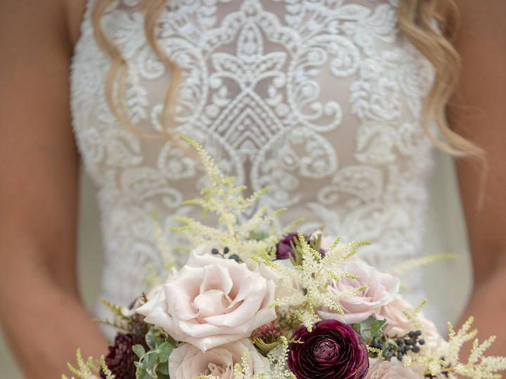 Tmx Erica Nicholson Bouquet 51 770021 158342905768661 Dubuque, IA wedding florist