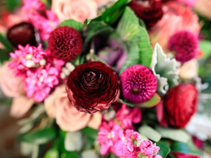 Tmx Jenna 51 770021 158342906850982 Dubuque, IA wedding florist