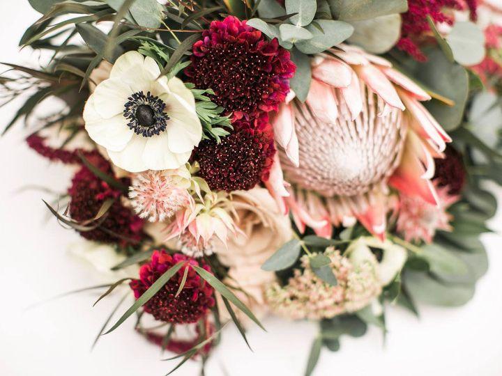 Tmx Kendra 51 770021 158342908513821 Dubuque, IA wedding florist