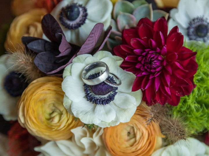 Tmx Kori Tom Wed 093 1 51 770021 158342908372456 Dubuque, IA wedding florist