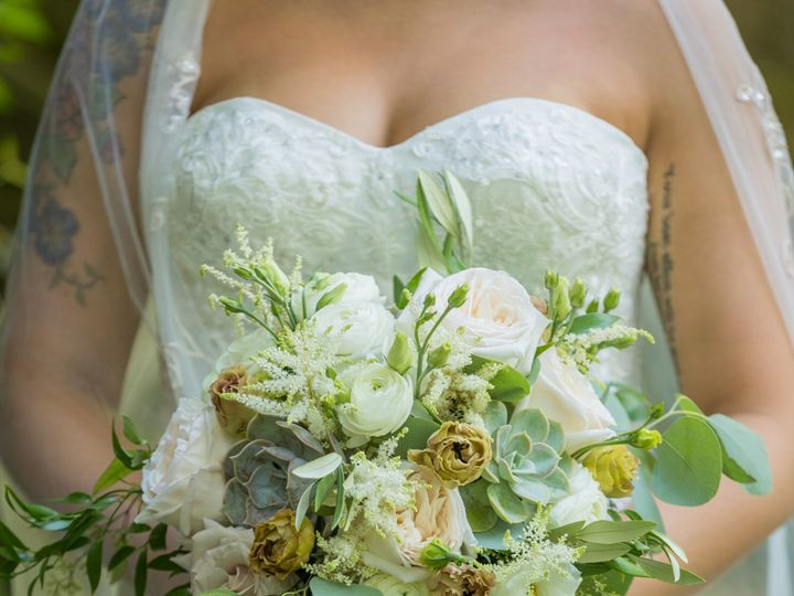 Tmx Phoenix M  51 770021 158342909028318 Dubuque, IA wedding florist