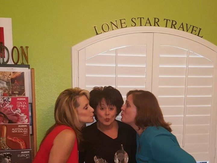 Tmx 1521471288 69c6ee10064086a5 1521471287 Cb5888ee65b8d2b3 1521471286509 8 Playa Awards Kiss McKinney, TX wedding travel