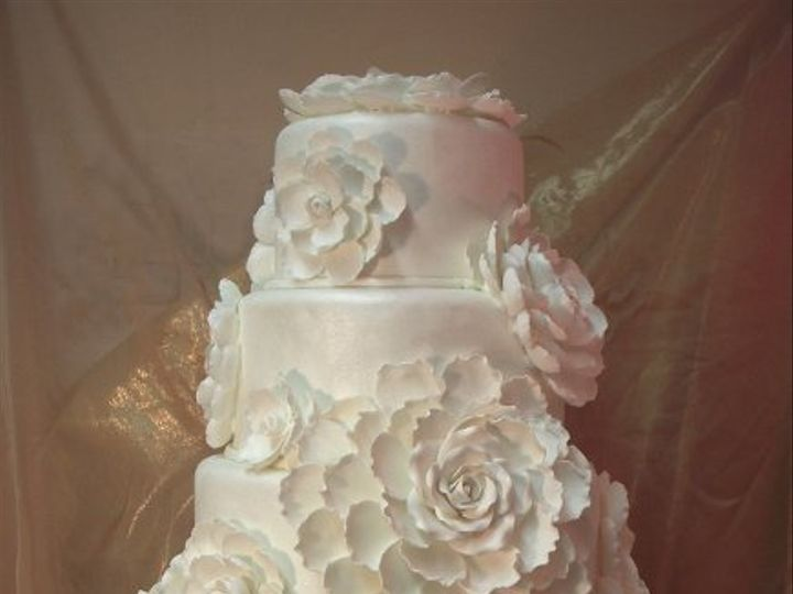 Tmx 1329858709263 58WhiteFlowerCake32311 San Diego wedding cake
