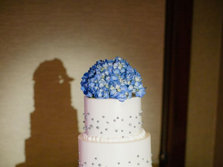 Tmx 1499972035727 Scattered Pearls San Diego wedding cake