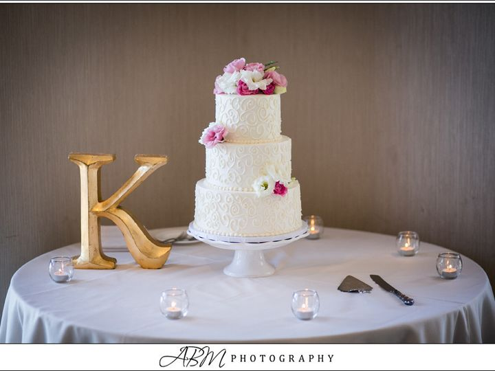 Tmx 1499972049137 Swirls Stacked San Diego wedding cake