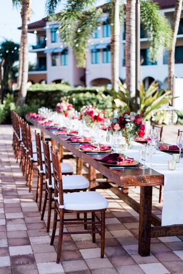 """Outdoor table setting at """"The Pointe"""" Naples Bay Resort and Marina"""