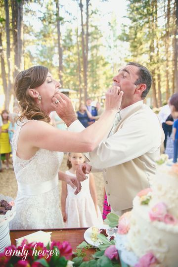 hideout kirkwood wedding by emily heizer