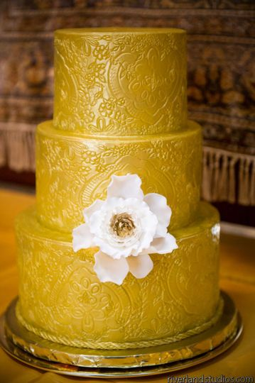 DeClare Cakes - Wedding Cake - Charleston, SC - WeddingWire