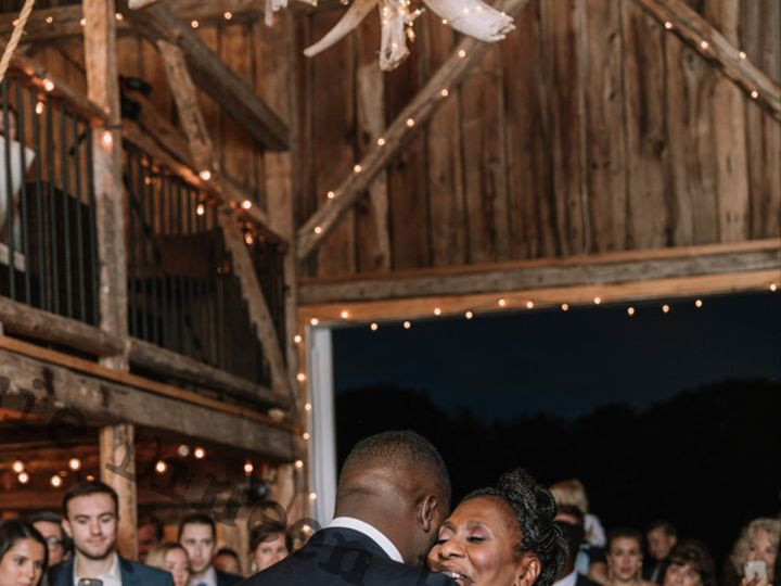 Tmx Jm 1010 51 911121 V5 Wolfeboro, New Hampshire wedding dj
