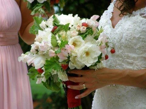 Tmx 1374676982797 Bridal Bouquet With Strawberries Plain City wedding catering