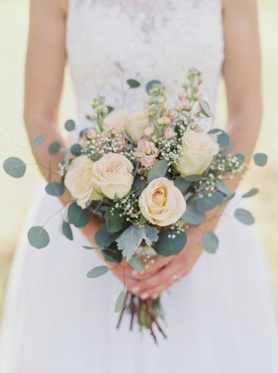 The bride's bouquet (Grace Aston Photography)
