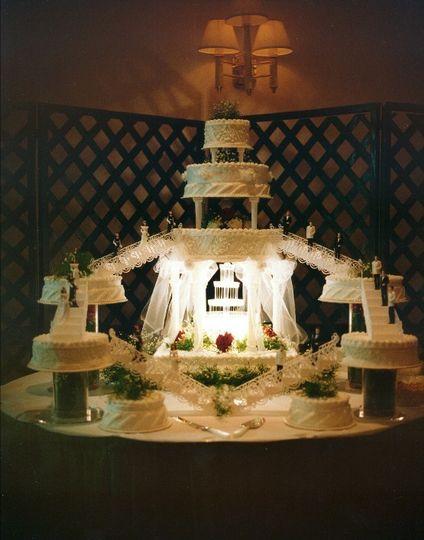 boland wedding cake created by brenda snow 622 ser