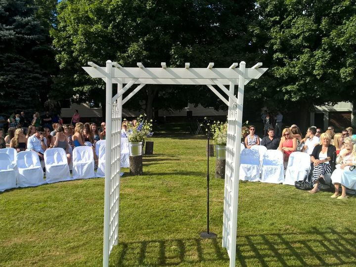 Tmx 08 Outside Ceremony 51 793121 158014004777159 Hebron wedding band