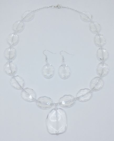 Wendy is designed with Quartz and Swarovski crystal beads,  this necklace and earring set is 18...