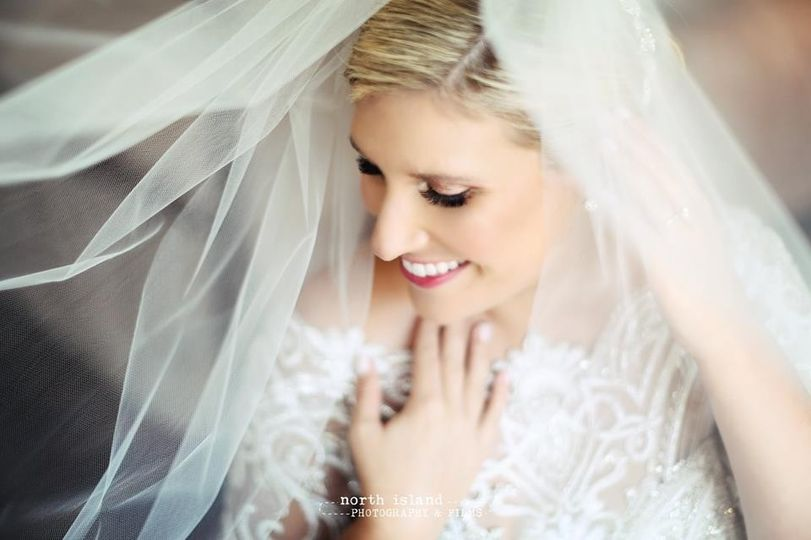 Bridal makeup and veil