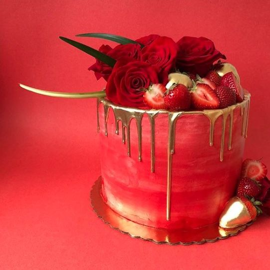 Drip Cake with Fresh Roses