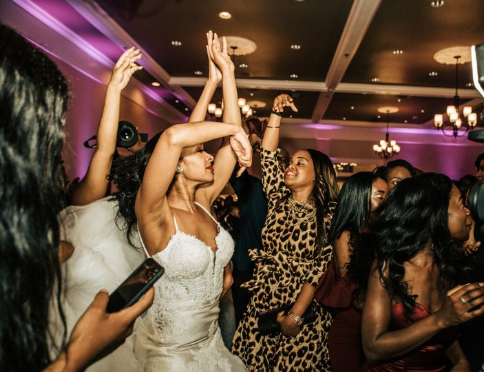 Bride Turn Up